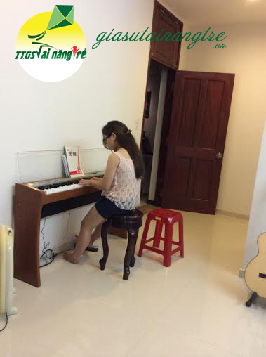day piano organ guitar